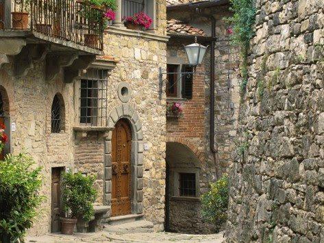 tuscan street