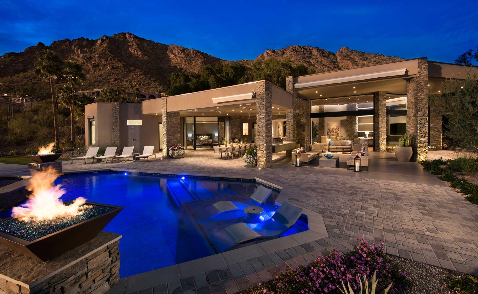 Designing For The Desert: 5 Tips To Match Arid Surroundings
